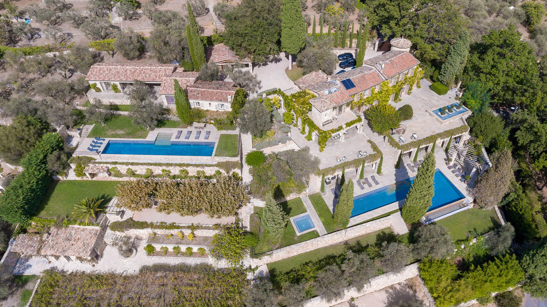 Bastide Provencale villa view from the air