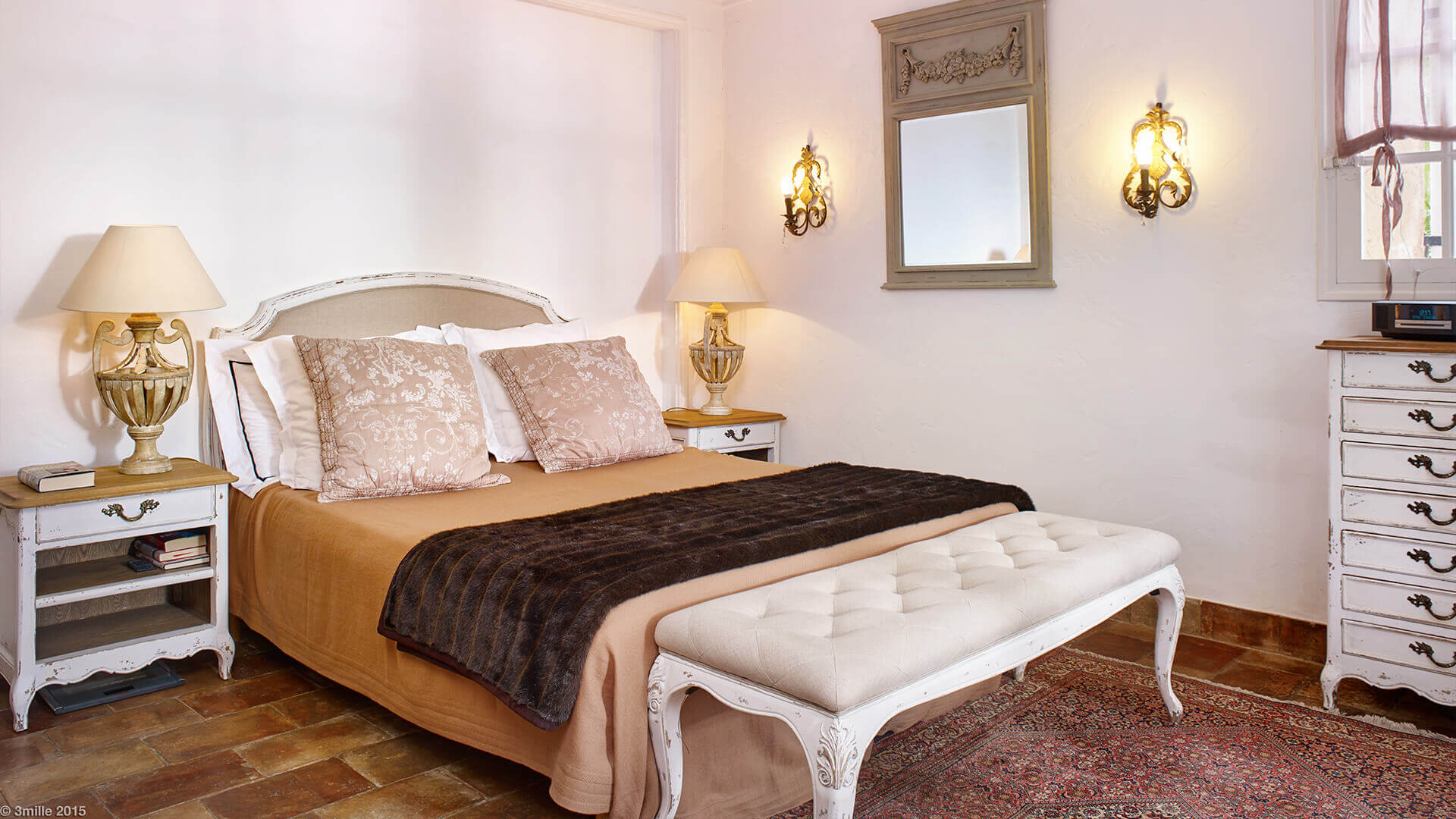 Bastide in Mougins bedroom with double bed