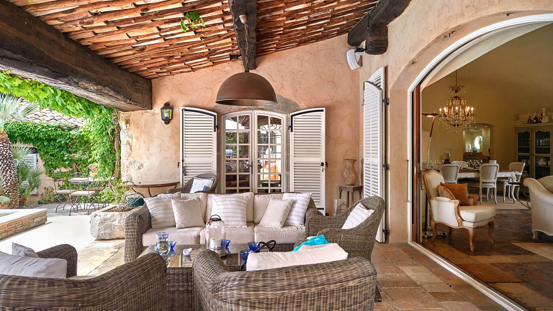Bastide in Mougins veranda