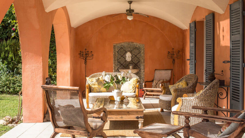Beautiful villa outside Grasse orange outside sitting area