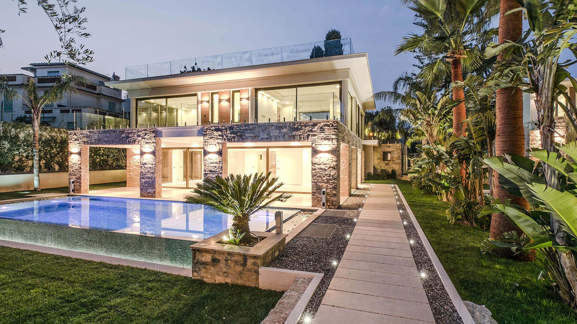 villa with veranda and swimming pool