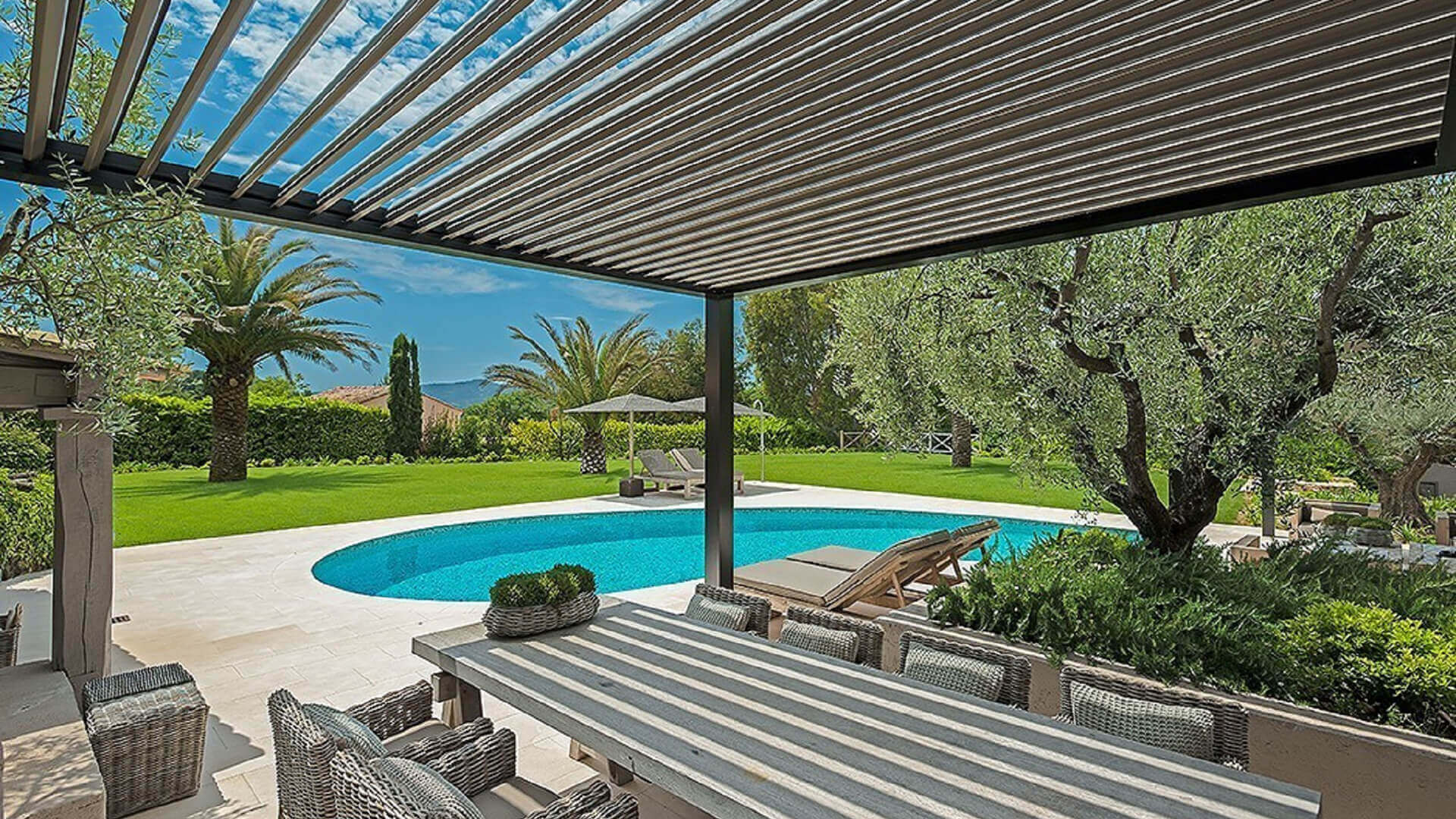 Mougins Long Term Rental Villa patio and swimming pool