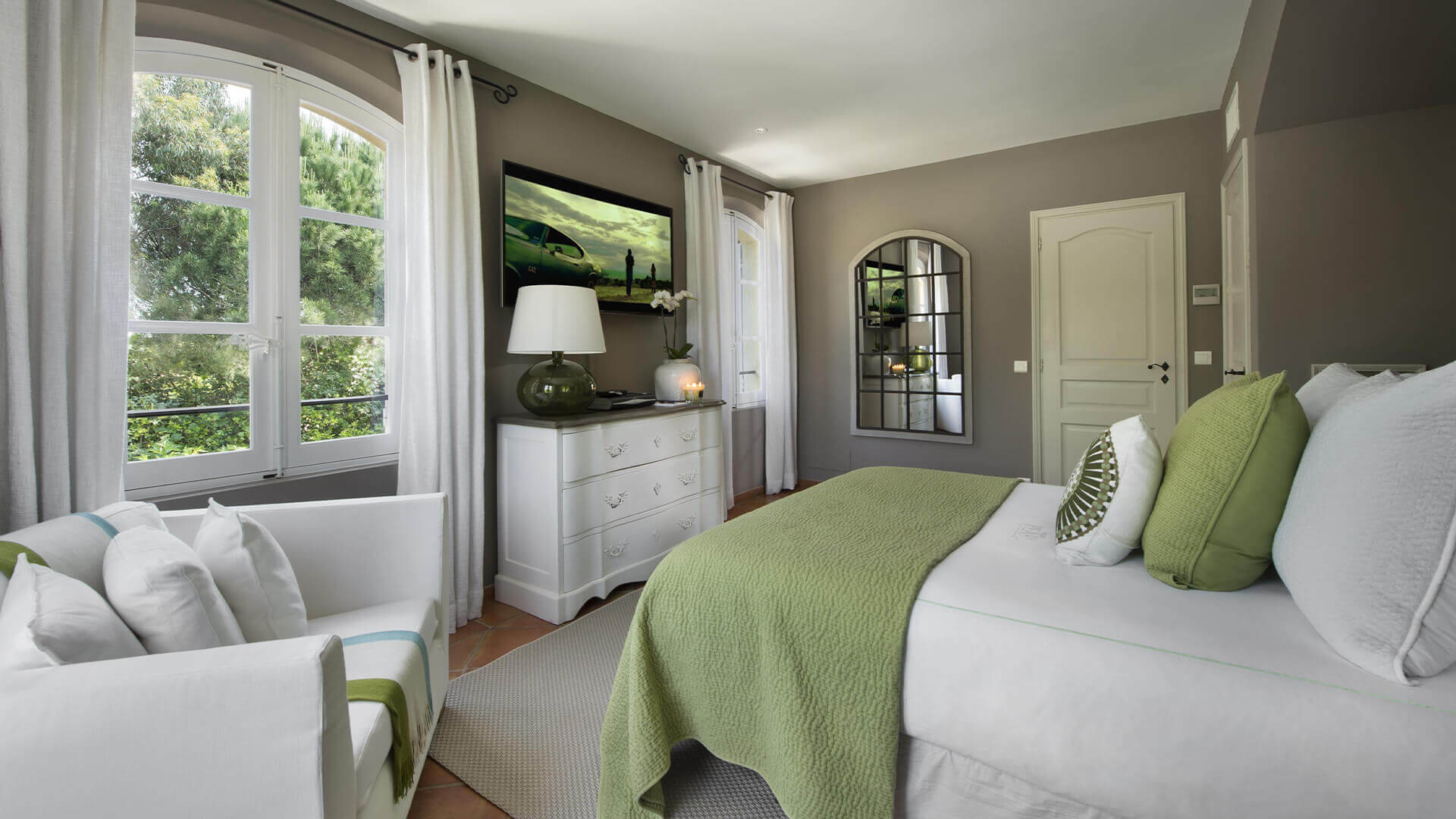 Saint Tropez Villa green bedroom with view of garden