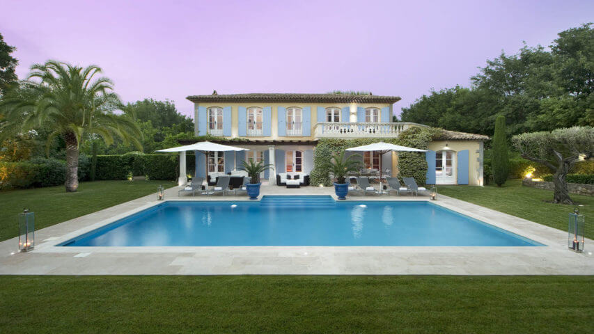 Saint Tropez Villa with blue shutters and swimming pool