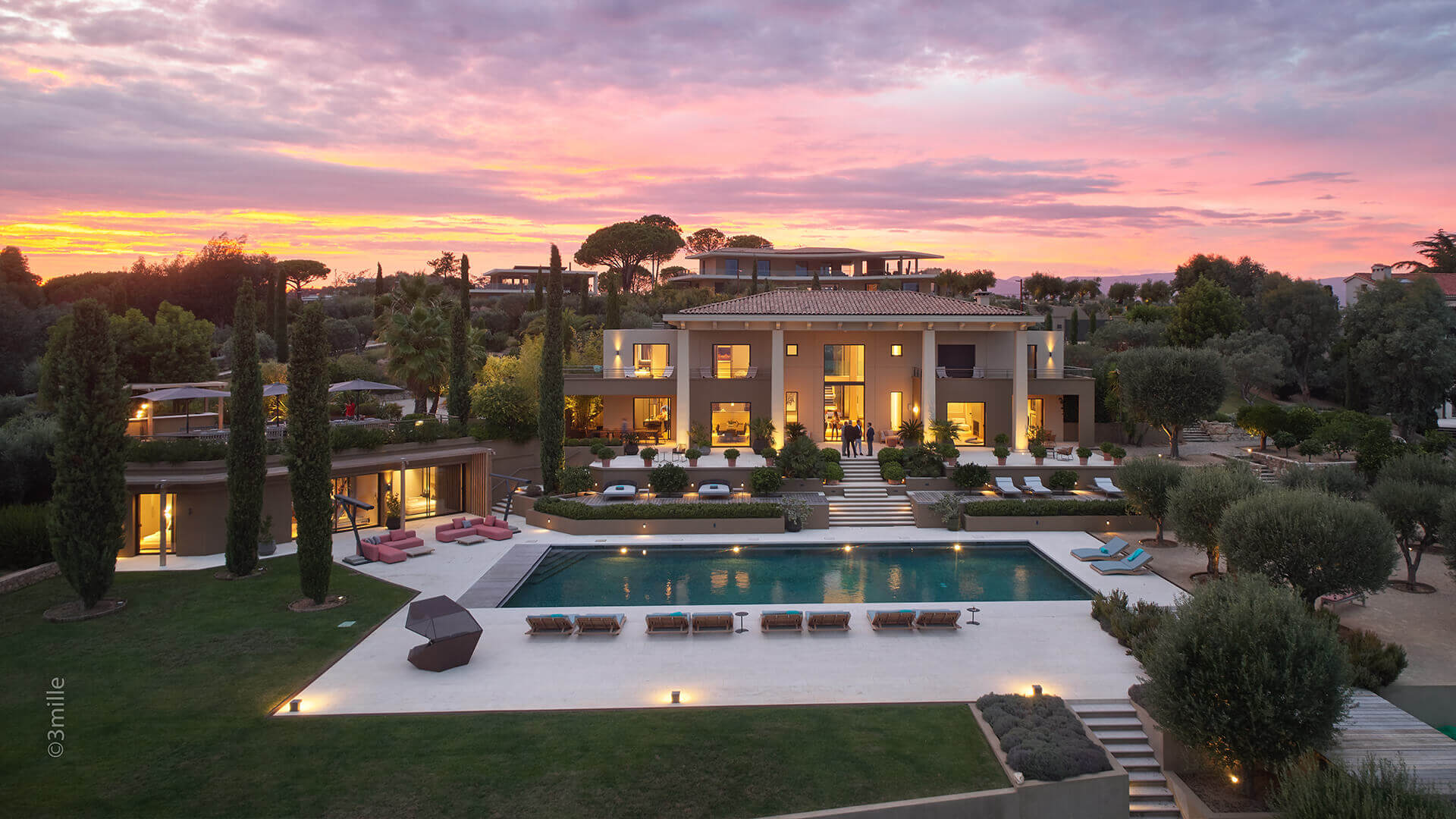 Super Cannes Luxury villa full view