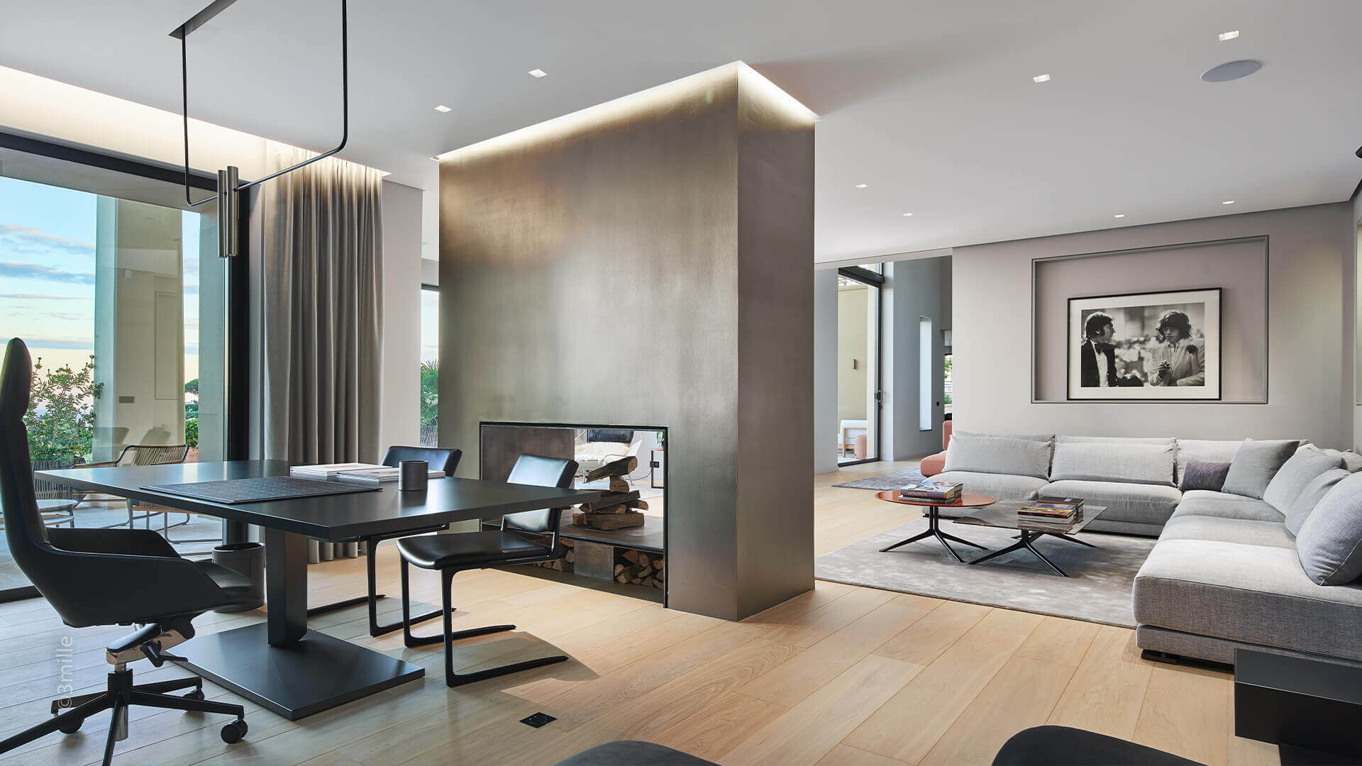 Super Cannes Luxury Living room and fireplace