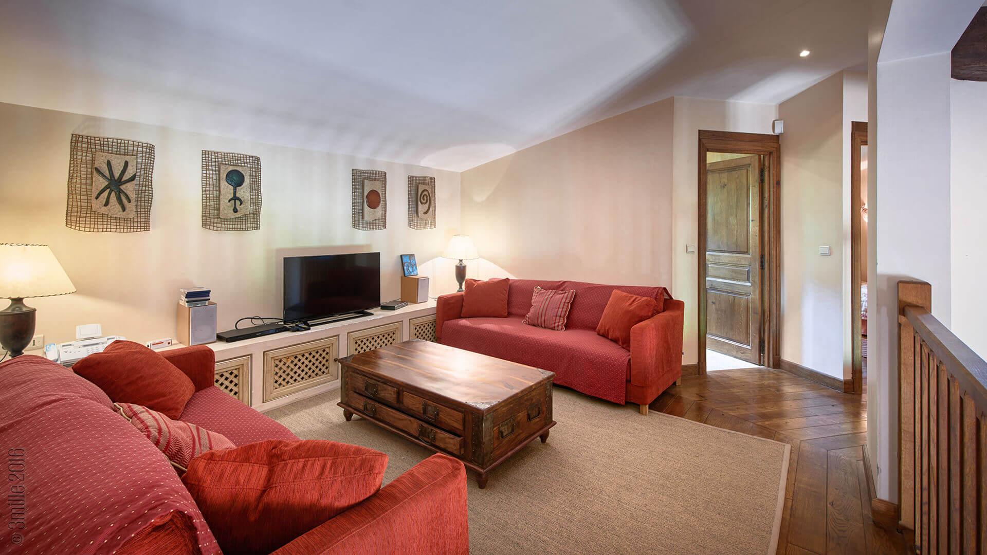 Villa Savoy loft living room